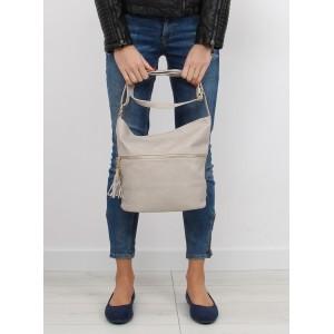 Dámska kabelka na rameno béžovej farby so strapcami na prednej strane