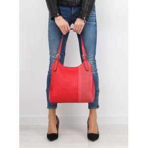 Jednoduchá dámska kabelka červenej farby s nastaviteľným remienkom