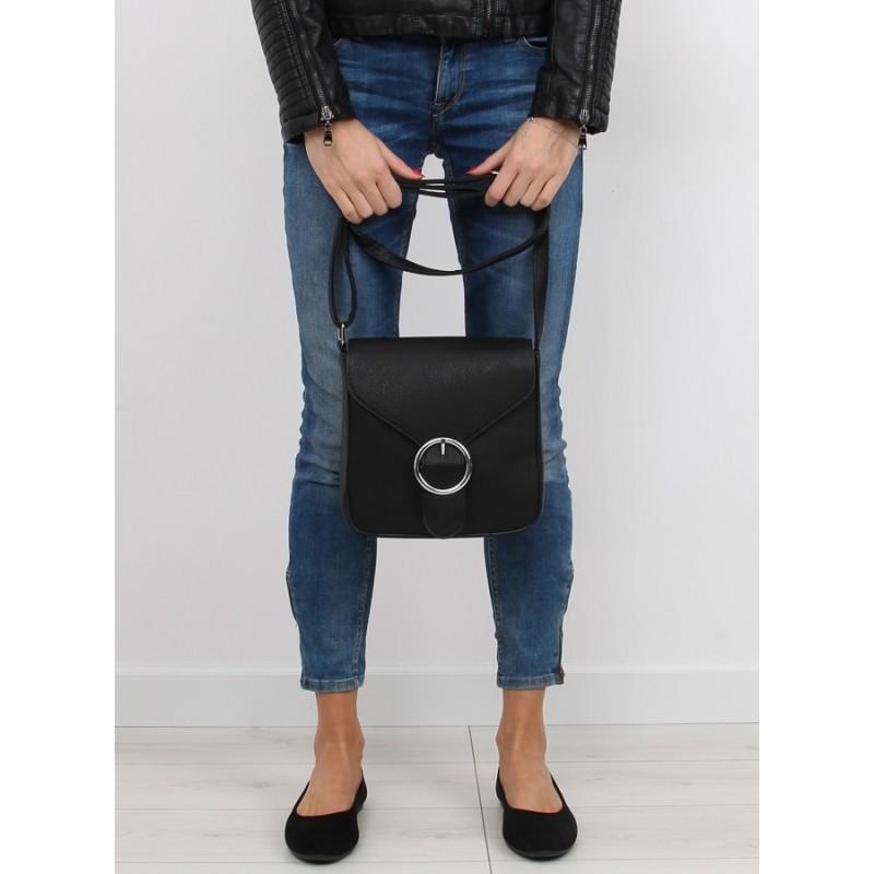 f20cdd1f50 Čierna dámska crossbody kabelka čiernej farby uzamykateľná zipsom a ...