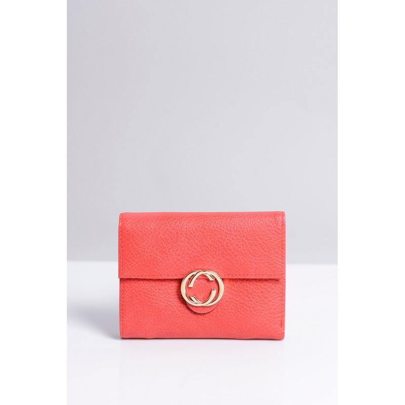 2fc80f5e4b Malá praktická dámska peňaženka červenej farby so zlatým zipsom ...