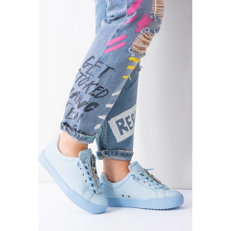 Dámska obuv Dámske tenisky. Predchádzajúci. Modrá dámska športová obuv so  šnúrkami ... f60242c48d0