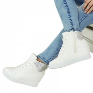 Biele dámske členkové topánky na podpätku zdobené kamienkami