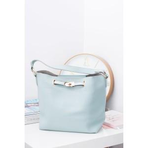 Svetlo modrá dámska kabelka na rameno s malou kozmetickou taškou