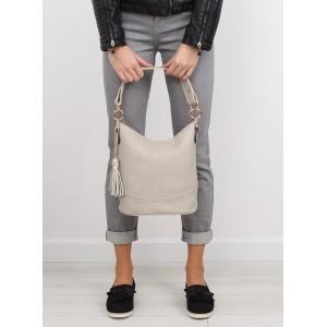 Béžová dámska kabelka do ruky so zlatými krúžkami na remienku