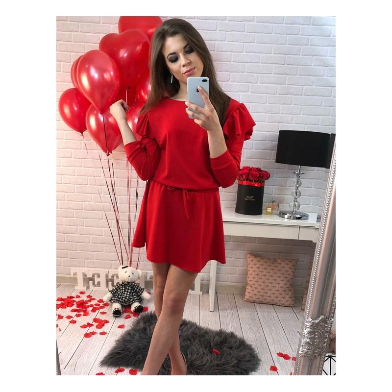 1e707d34d7cc Červené dámske párty šaty s nazberanými rukávmi - fashionday.eu