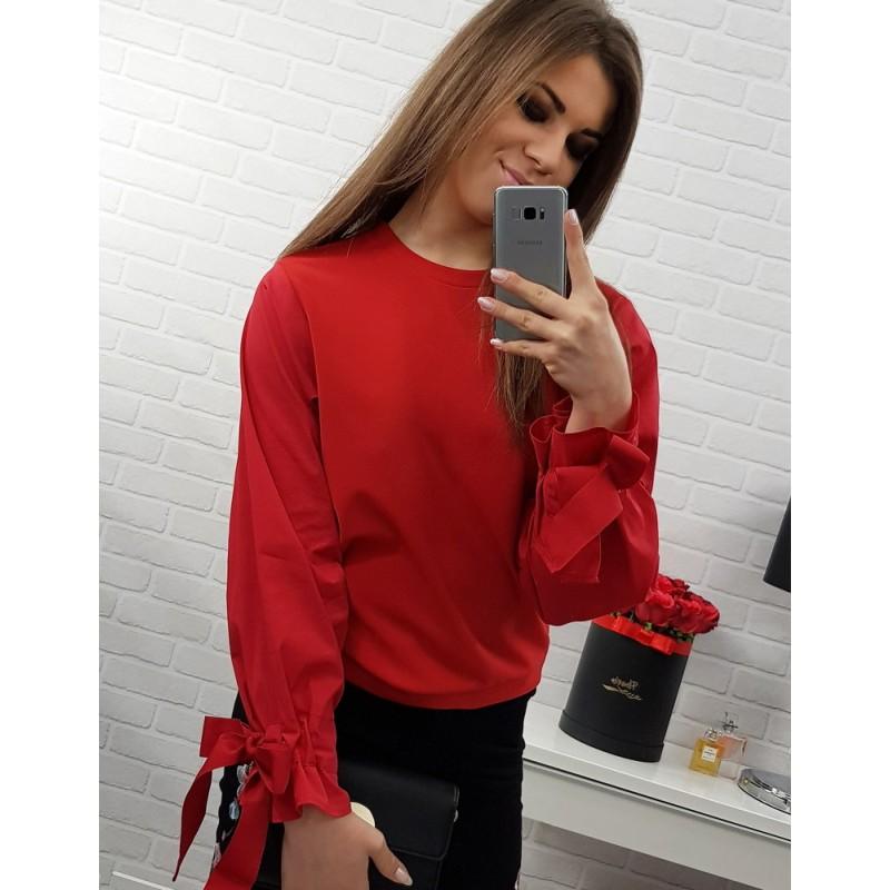 63cfb7bbf3ae Červená dámska blúzka krátkeho strihu s dlhým rukávom - fashionday.eu