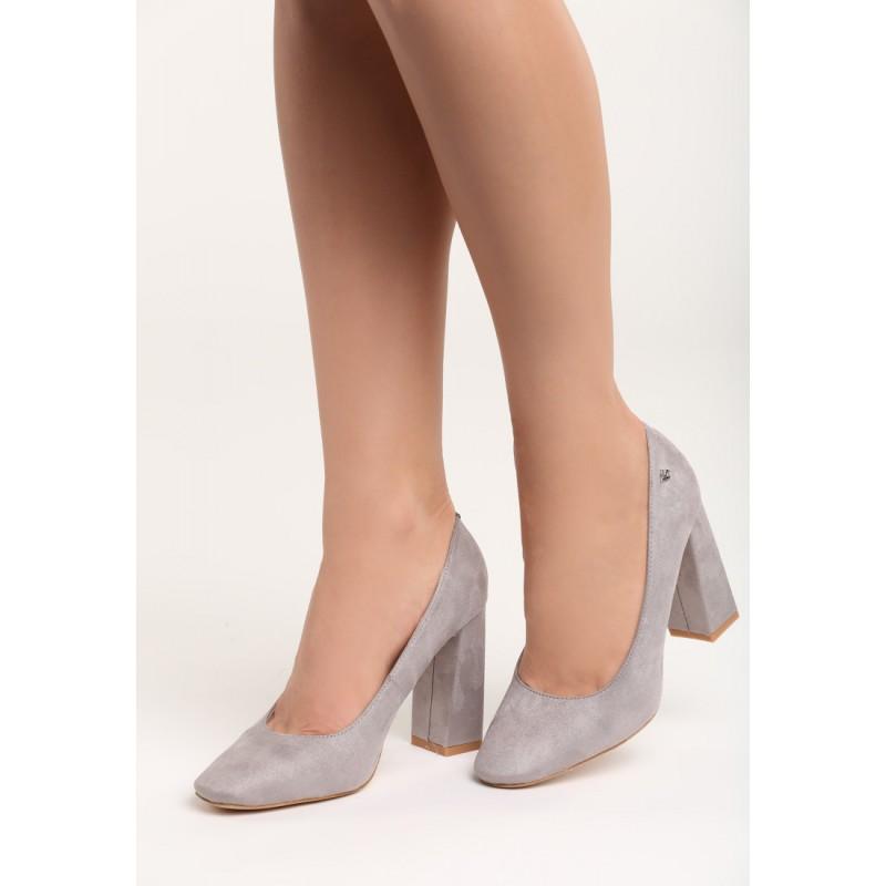 98065b0a3370 Semišové sivé dámske lodičky na hrubom podpätku - fashionday.eu