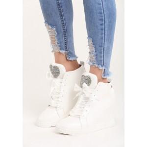 Členkové dámske topánky s kamienkami na platforme bielej farby