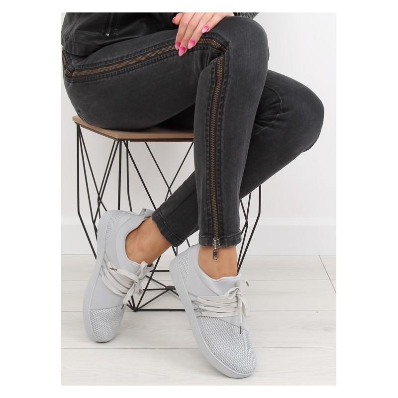 0178ceca66 Sivé dámske športové topánky s hrubšou podrážkou - fashionday.eu