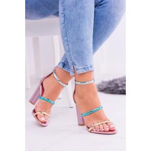 Sandále na hrubom opätku v ružovej farbe