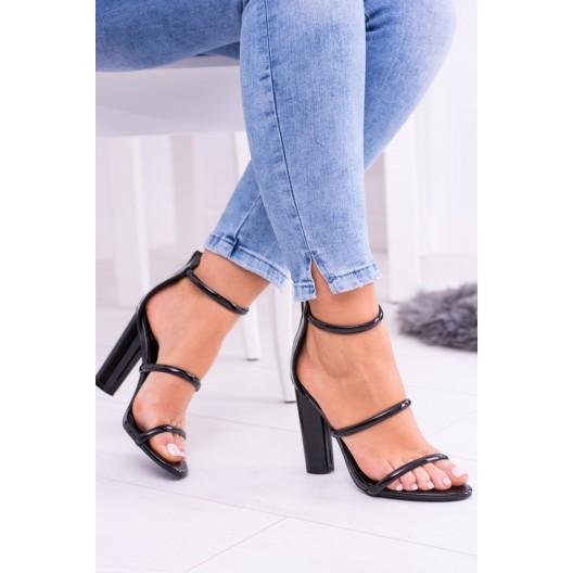Čierne sandále na opätku pre dámy so zapínaním na zips