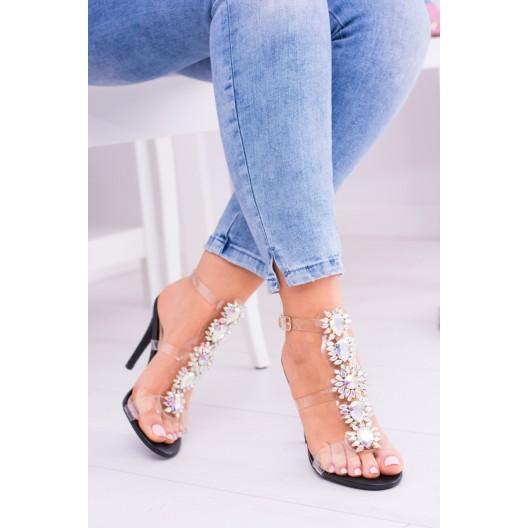 Sandále na leto čiernej farby s priesvitnými remienkami