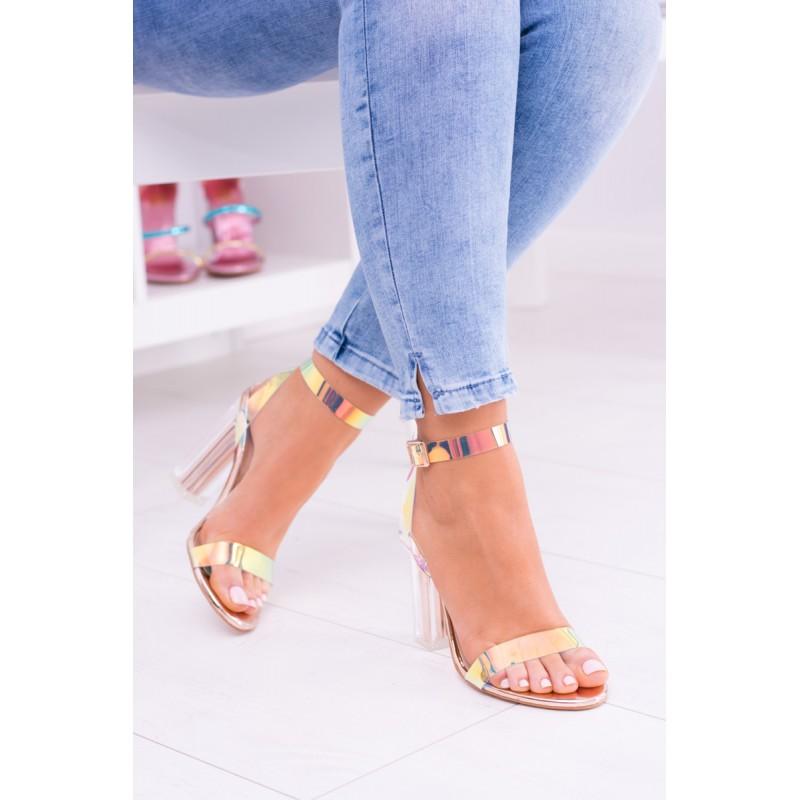 f6642fe33 Farebné sandálky pre dámy na vysokom hrubom opätku| Fashionday.eu