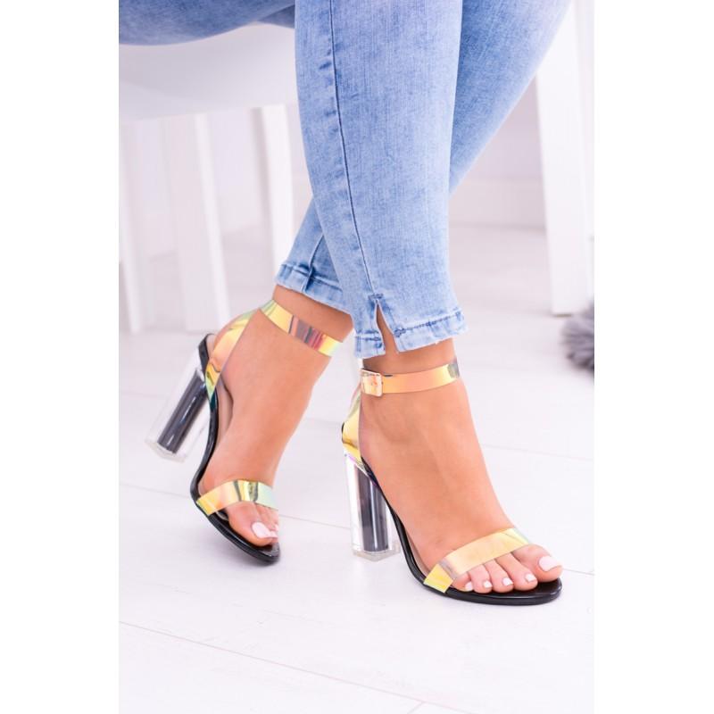 f6feeb0815 Predchádzajúci. Pohodlné dámske sandále na hrubom opätku ...