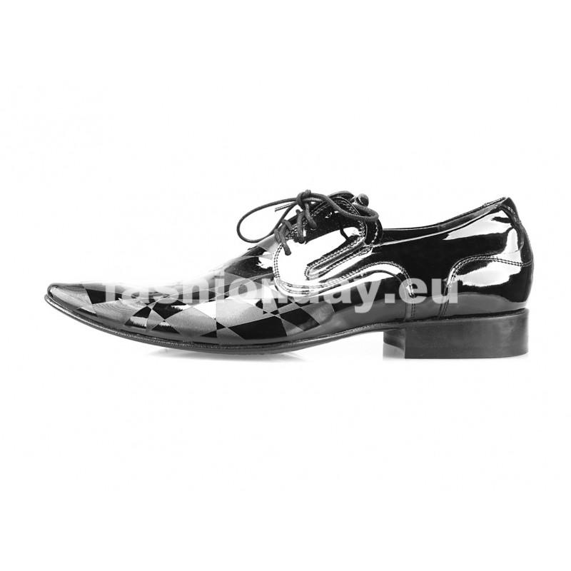 b9398bfc3a95 Pánske kožené spoločenské topánky lesklé čierne - fashionday.eu