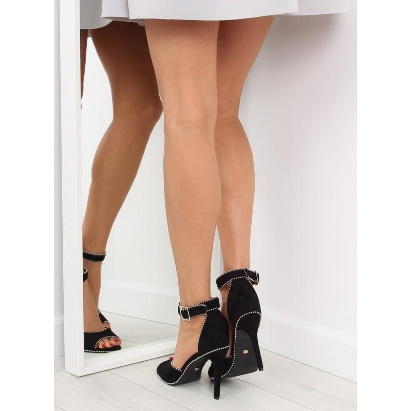470f619368f96 Elegantné dámske sandále v čiernej farbe s lémovaním; Elegantné dámske  sandále v čiernej ...