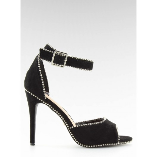 Elegantné dámske sandále v čiernej farbe s lémovaním