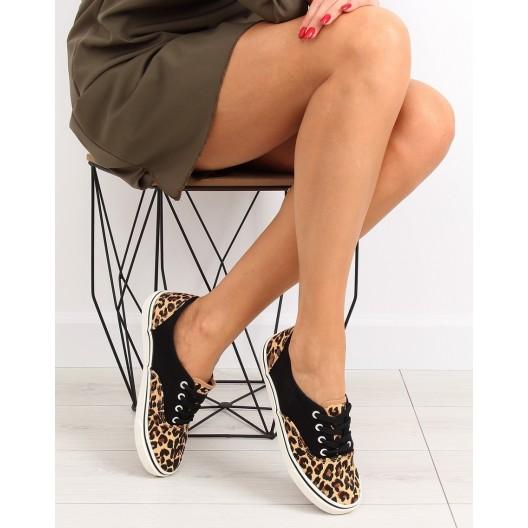 Tramky dámske v čiernej farbe s leopardím vzorom