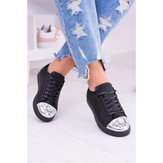 Dámske športové botasky čiernej farby s kamienkami