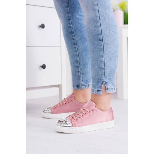 Športová obuv ozdobená kamienkami v ružovej farbe