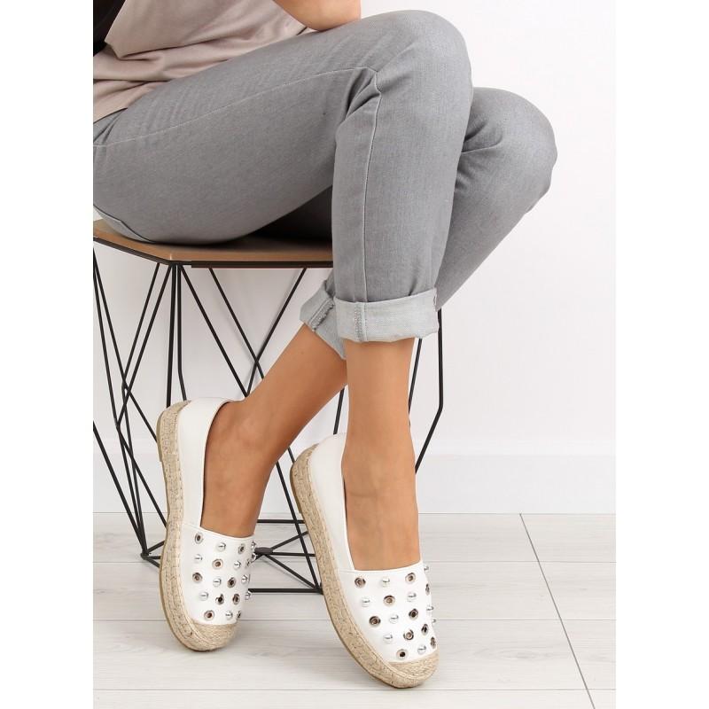 dfa8dadfb604 Dámska letná obuv s hrubšou podrážkou v bielej farbe