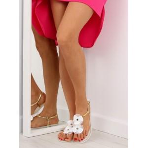 Dámske sandále s kvetmi v bielej farbe