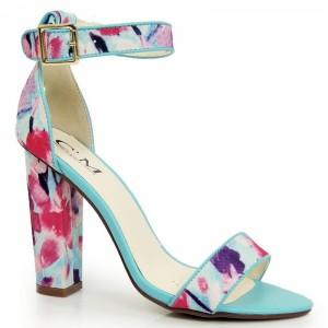 Sandále na hrubom podpätku s kvetinovým motívom