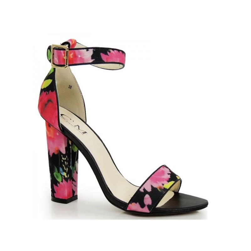 b4ebccab6ca7 Predchádzajúci. Kvetované dámske sandále na hrubom podpätku ...