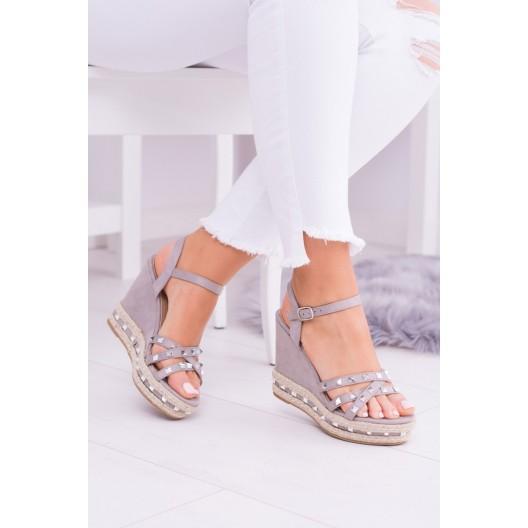 Letné sandále na platforme v sivej farbe