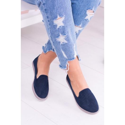 Dámske topánky tmavo modrej farby s oblou špičkou