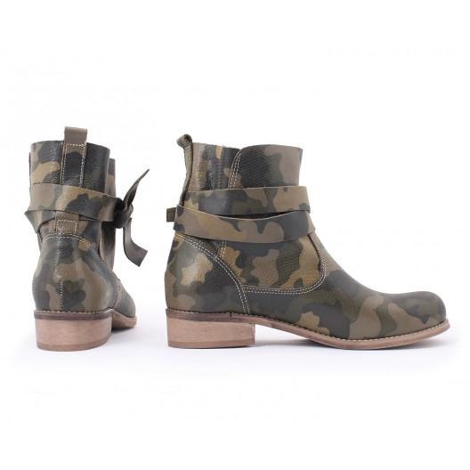 Dámske členkové kožené topánky v army motíve
