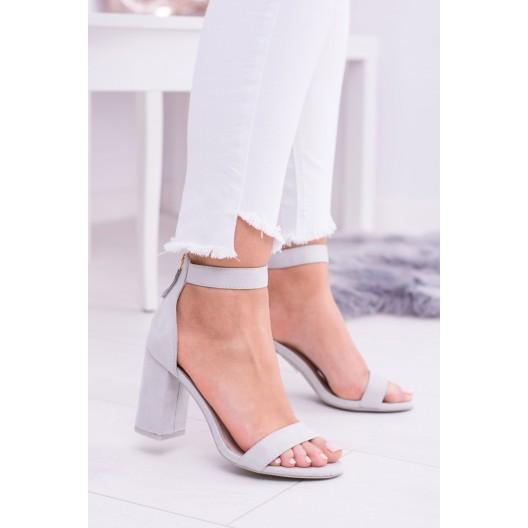 Letné sandále s otvorenou špičkou