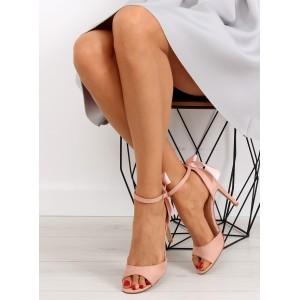 Dámske sandále na opätku v ružovej farbe na každý deň