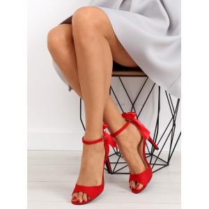 Sandále na vysokom podpätku červenej farby semišové