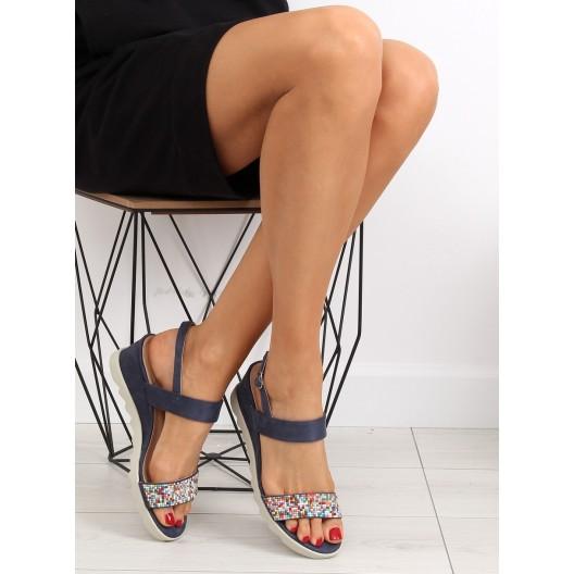 Elegantné sandále na platforme v tmavo modrej farbe