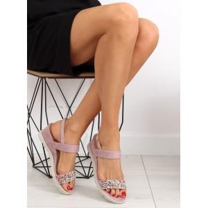 Dámske remienkové sandále v ružovej farbe