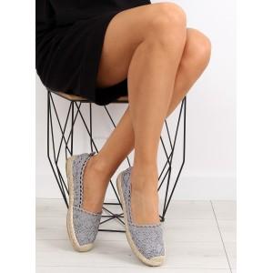Dámske topánky na leto v sivej farbe háčkované
