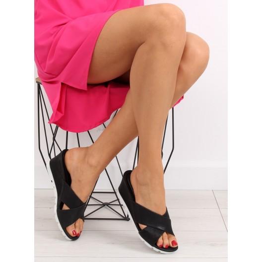 Šľapky na platforme pre dámy v čiernej farbe