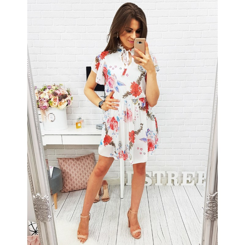 e7bb8703f09b Dievčenské šaty s kvetinovým vzorom