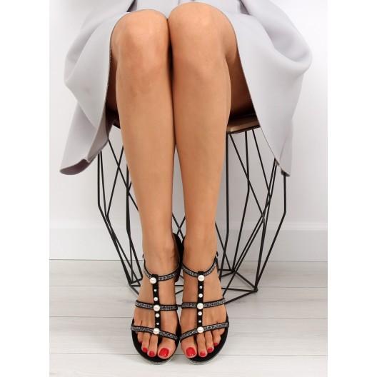 Dámske sandále na leto v čiernej farbe