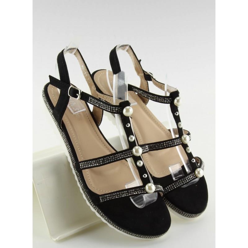 27b33b88f366 Dámske sandále na leto v čiernej farbe