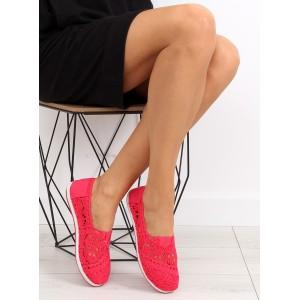 Elegantné balerínky s čipkou červenej farby