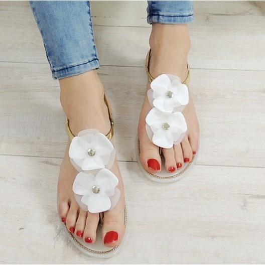 Dievčenské sandále bielej farby