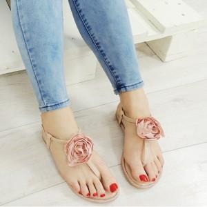 Dámske sandále nízke ružovej farby