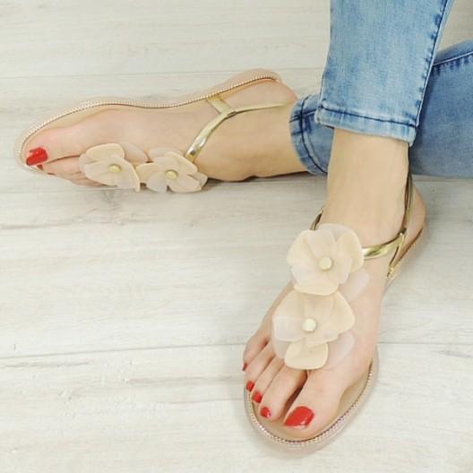 Letné sandále nízke béžovej farby