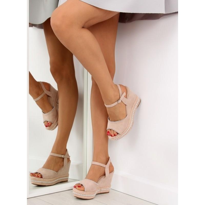 84d8f8c07453 Elegantné sandále na opätku v béžovej farbe
