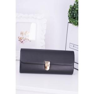 Spoločenská kabelka so zlatou retiazkou a sponou