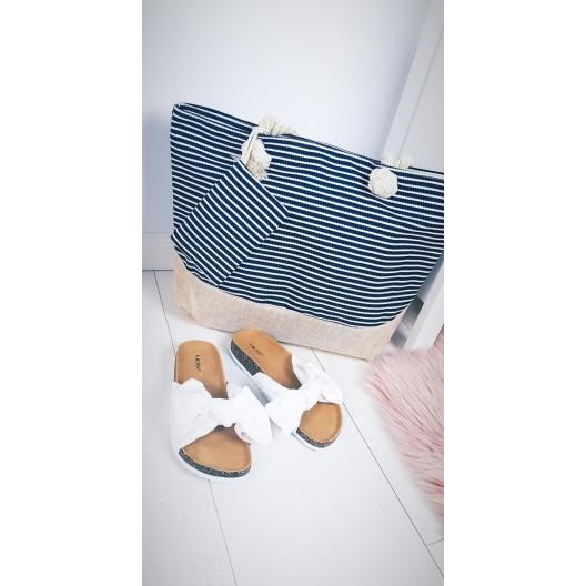 Plážové tašky a košíky s pruhovaným motívom