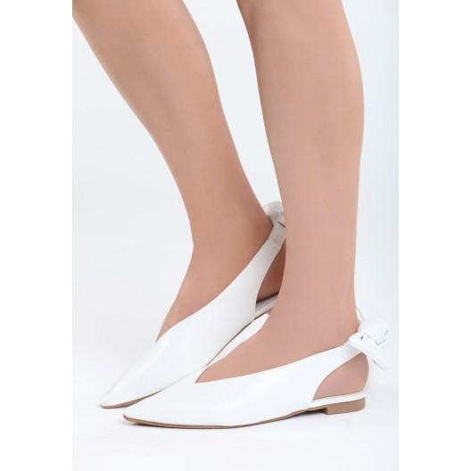 Dievčenské balerínky bielej farby s viazaním