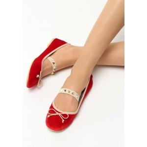 Elegantné balerínky červenej farby